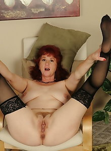 Mature Amateurs in Stockings 5